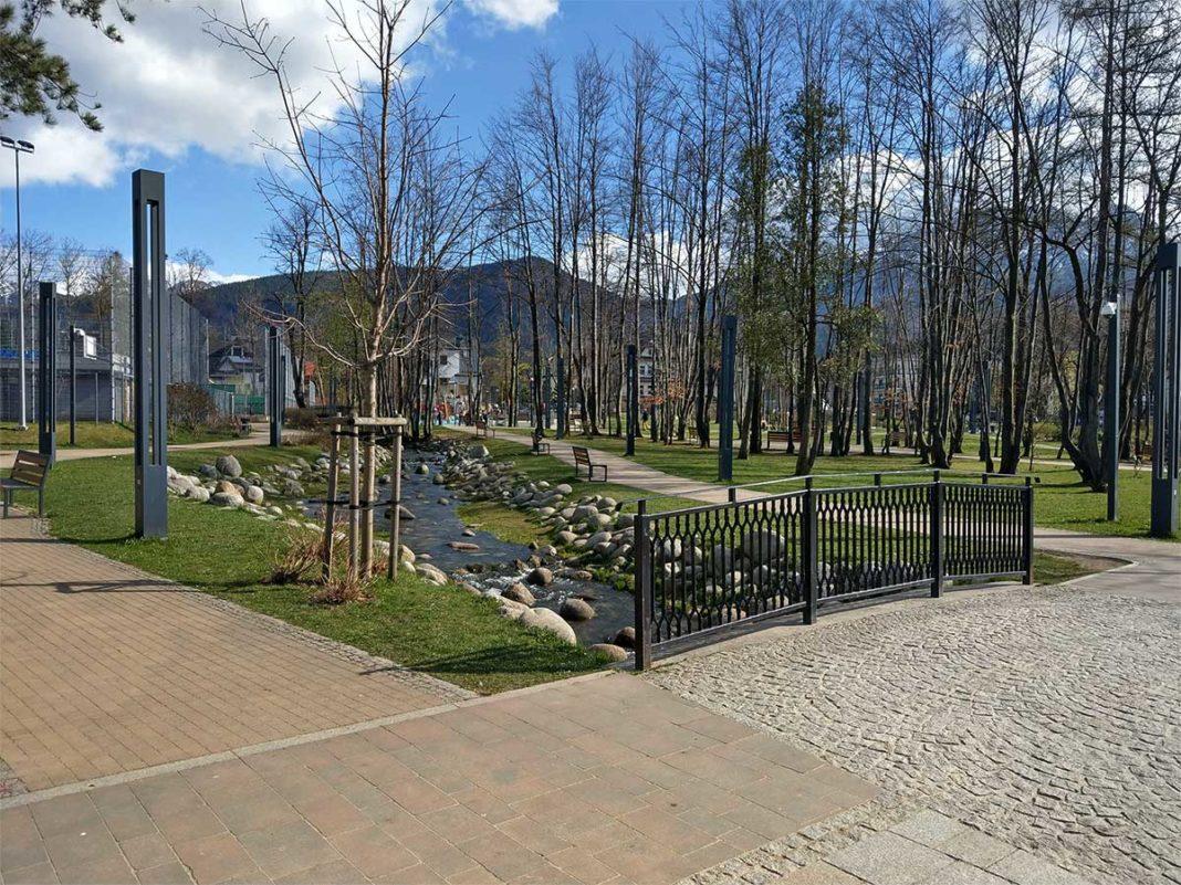 Park Miejski - potoczek i uliczki