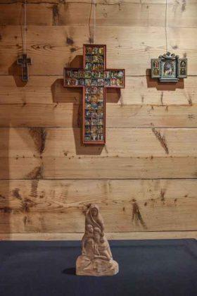 Zofia Fortecka, krzyż; Florian Walkosz, rzeźba